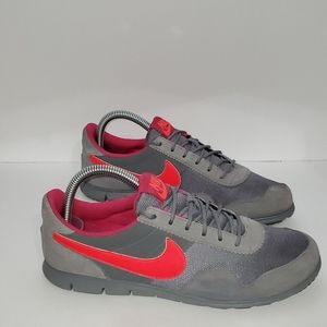 Nike Victoria Natural motion Athletic shoes